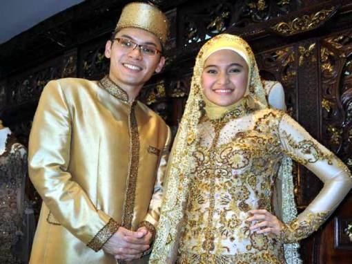 berita selebritis indonesia mancanegara terbaru terpopuler